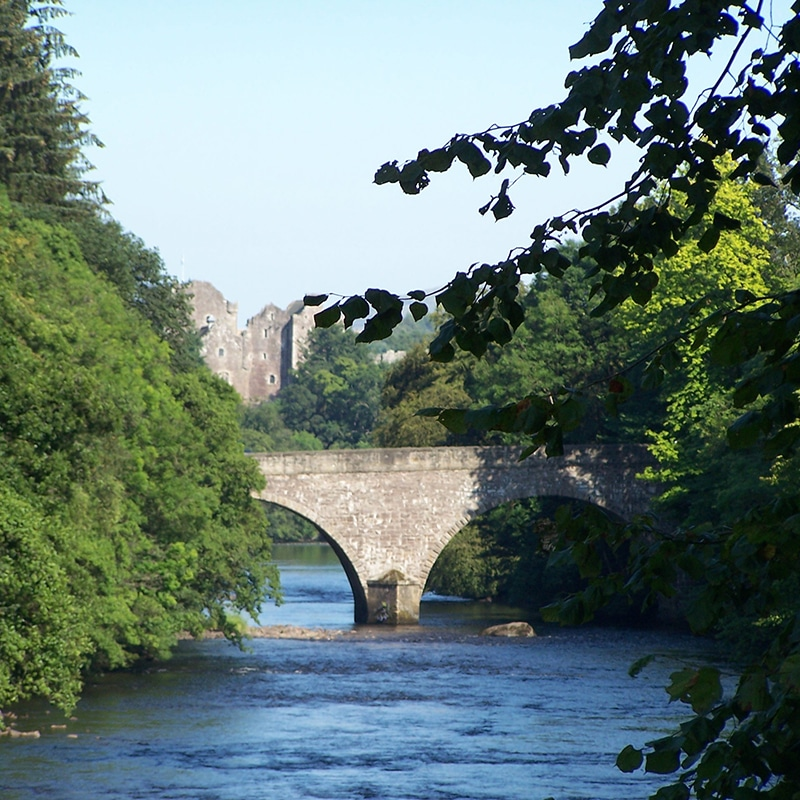 Doune castle and bridge on outlander tour from edinburgh